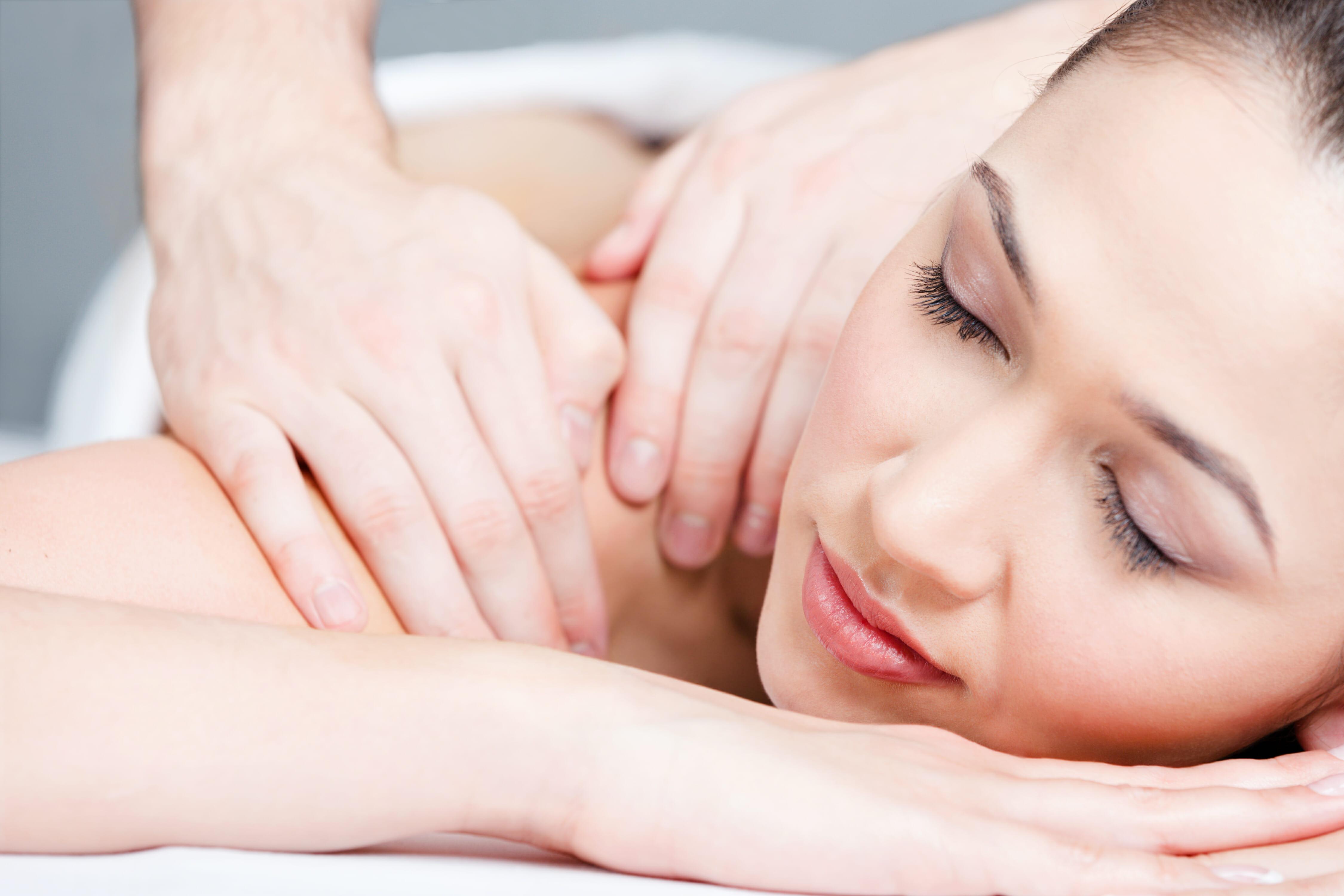 Massage willow wellbeing torquay devon hot stone swedish lava shell deep tissue